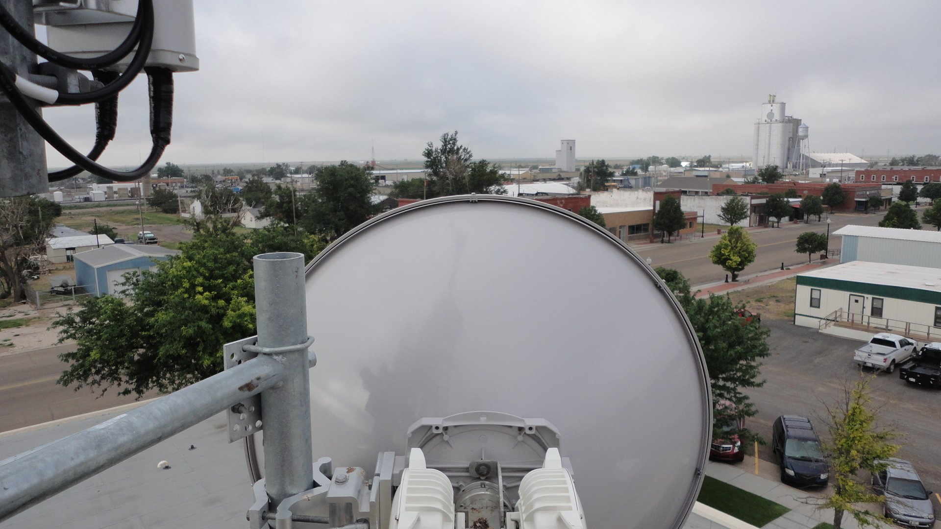 Licensed Backhaul Network